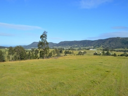 Rolling green pasture and bushland this location has 3 dams for filming, photoshoots and events. A Spaces n Places location.